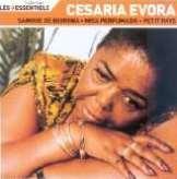 Evora Cesaria Les Essentiels